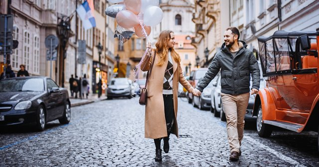 Happy couple in a city